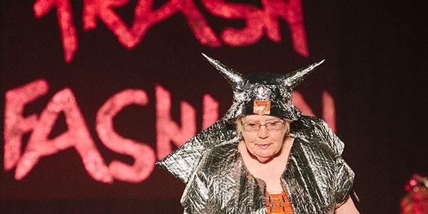 trash-fashion-2014-02